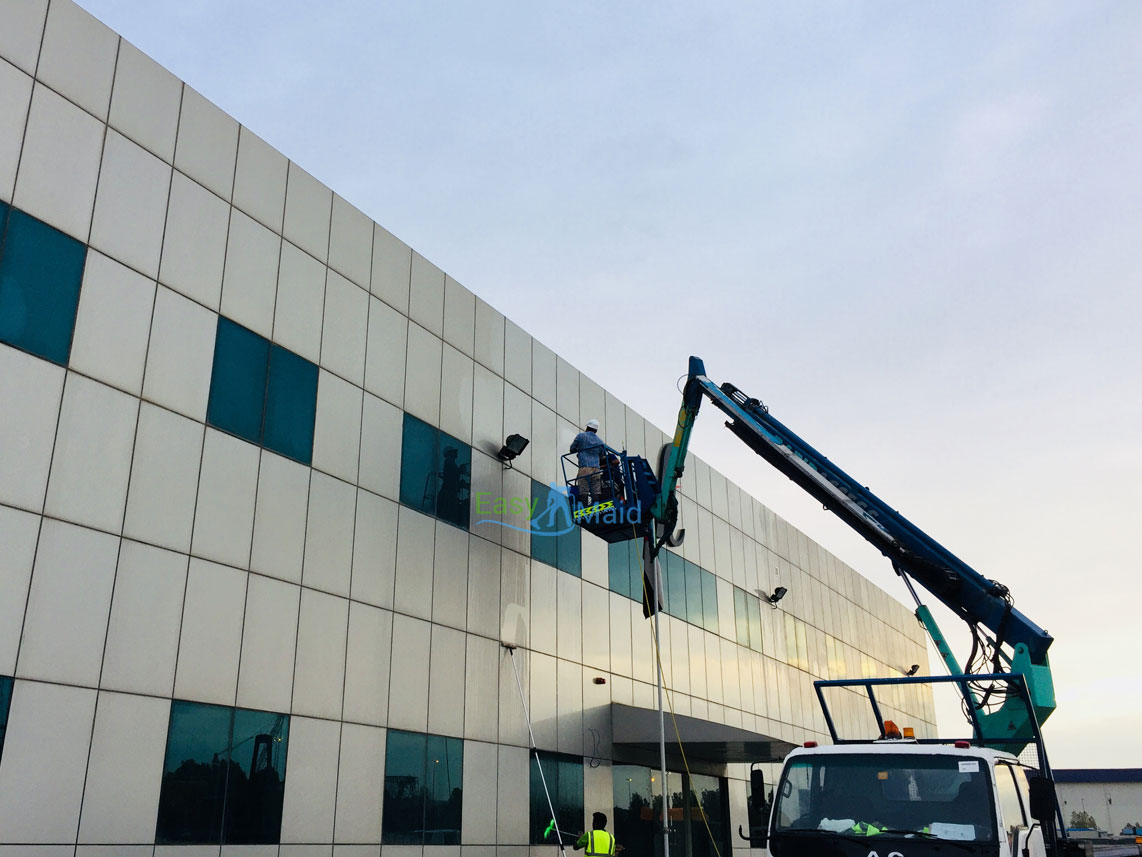 aluminium-cladding-cleaning-dubai